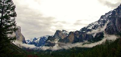 Photograph - El Capitan From Artist Point B by Phyllis Spoor
