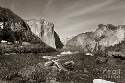 Photograph - El Capitan by Joseph G Holland