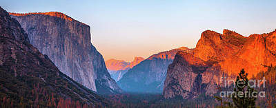 Photograph - El Capitan Sunset by Benny Marty