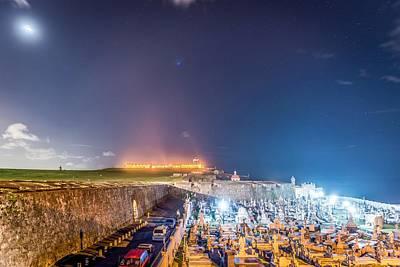 Castillo San Felipe Photograph - El Morro And New Moon by Tim Sullivan