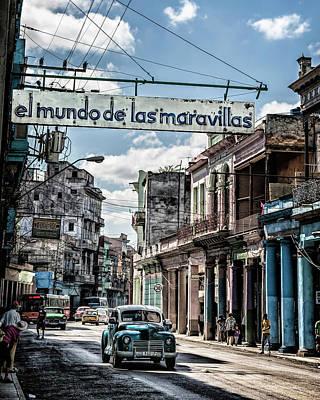 Photograph - El Mundo De Las Maravillas by Gigi Ebert