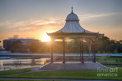 Photograph - Elder Park Sunset by Ray Warren