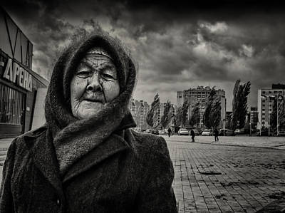 Photograph - Woman And Wind by John Williams