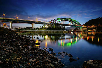 Photograph - Electric Bridge Reflection by Roy Cruz