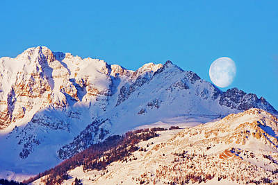 Photograph - Electric Peak Moonset by Mark Miller