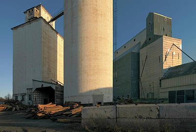 Elevators In Moscow Idaho Art Print by Jerry McCollum