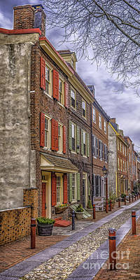 Photograph - Elfreth's Alley by Nick Zelinsky