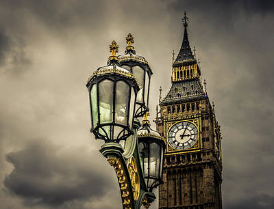 Photograph - Elizabeth Tower And Lamp On Westminster Bridge by Nicky Jameson