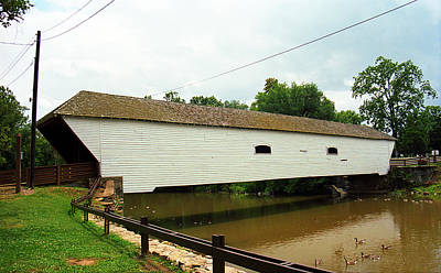 Photograph - Elizabethton Tn Covered Bridge 2008 by Frank Romeo