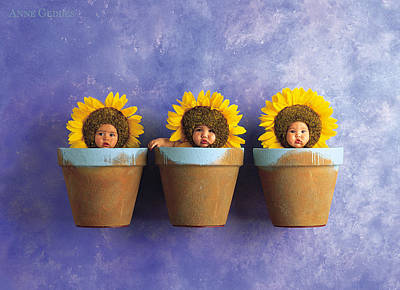 Flowers Photograph - Ellecia, Jayson And Tyla by Anne Geddes