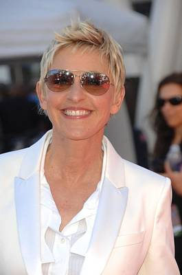 In Attendance Photograph - Ellen Degeneres In Attendance by Everett