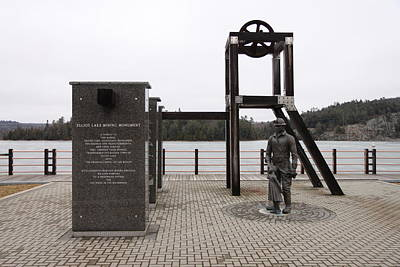 Photograph - Elliot Lake Mining Monument by Richard Mitchell