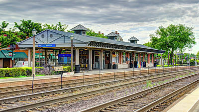 Photograph - Elmhurst Il Metra Station 2018 by Alan Toepfer