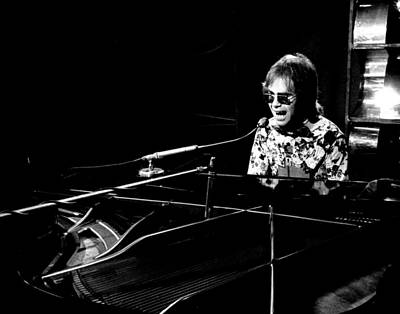 Elton John 1970 #4 Print by Chris Walter