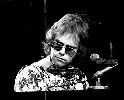 Elton John 1970 #2 Print by Chris Walter