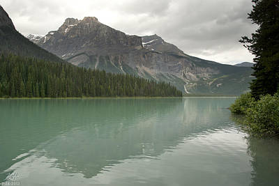 Photograph - Emerald Lake by Kenneth Hadlock