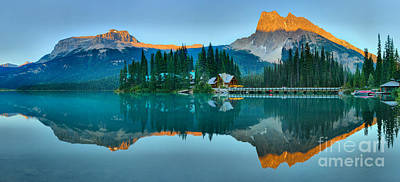 Photograph - Emerald Lake Red Outline Panorama by Adam Jewell