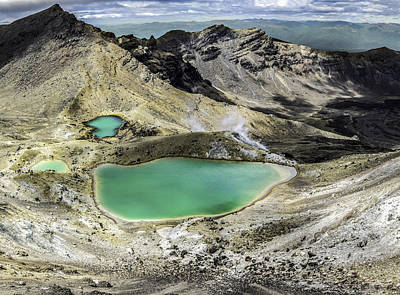 Turquoise Ring Photograph - Emerald Lakes by Martin Capek