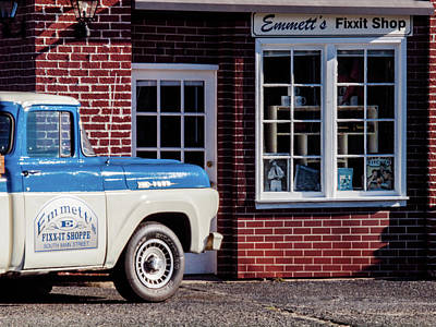 Photograph - Emmett's by Randy Sylvia