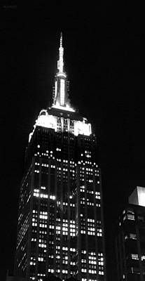 Purely Purple - Empire State B W  by Rob Hans