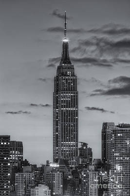 Blue Buildings Photograph - Empire State Building Morning Twilight Iv by Clarence Holmes