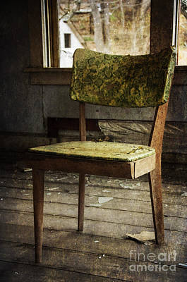 Photograph - Empty Chair by Debra Fedchin