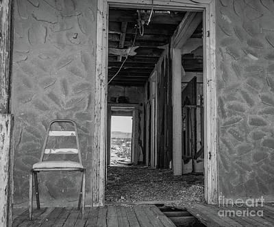 Photograph - Empty Chair by Jeffrey Hubbard