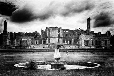 Photograph - Empty Fountain by Alan Raasch