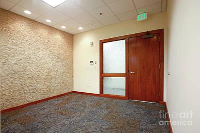 Photograph - Empty Office Reception by Richard Lynch