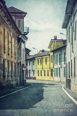 Urban Street Photograph - Empty Streets by Evelina Kremsdorf