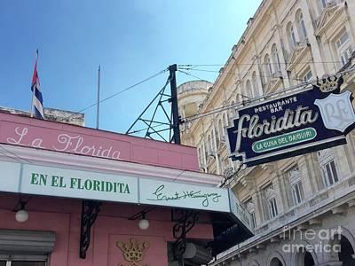 Photograph - En El Floridita by Beth Saffer