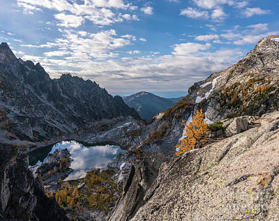 Photograph - Enchantments Crystal Lake Cloudscape by Mike Reid