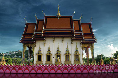 Photograph - End Afternoon At The Temple by Michelle Meenawong