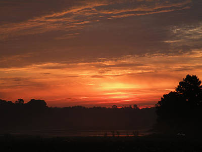 Photograph - End Of August Sunrise 08 by rd Erickson