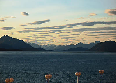 Photograph - End Of Day. Glacier Bay Seascapes by Connie Fox