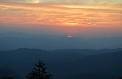 Photograph - End Of The Day From The Blue Ridge by rd Erickson