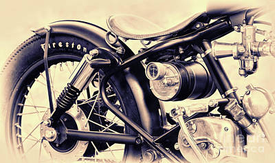 Photograph - Enfield Bobber by Tim Gainey