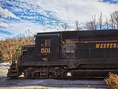 Photograph - Engine 501 by Chris Montcalmo