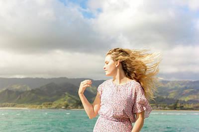 Photograph - Enjoy The Breeze by Geoffrey Lewis