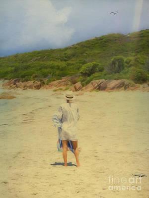 Photograph - Enjoying The Beach by Elaine Teague