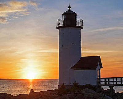 Photograph - Enjoying The Sunset At The Annisquam Lighthouse In Gloucester Ma by Toby McGuire