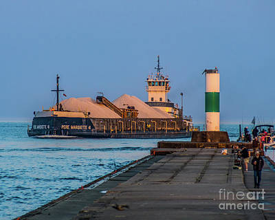 Photograph - Entering Grand Haven by Nick Zelinsky