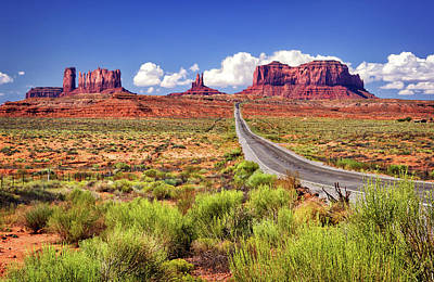 Photograph - Entering Monument Valley by Carolyn Derstine