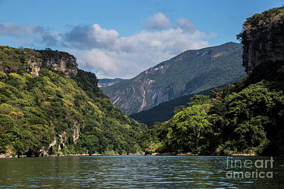 Photograph - Entering Sumidero Canyon by Kathy McClure