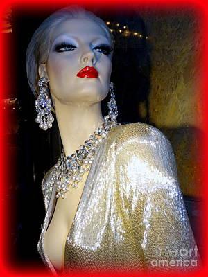 Photograph - Enticing Elegance by Ed Weidman