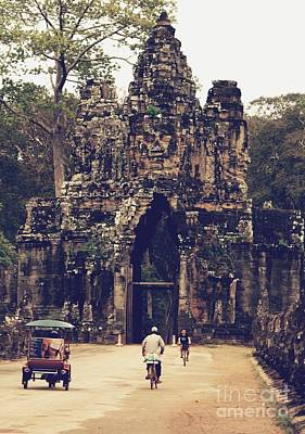 Photograph - Entrance To Angkor Wat by Louise Fahy