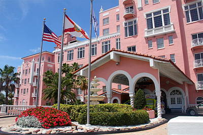 Photograph - Entrance To Loews Don Cesar Hotel by Denise Mazzocco