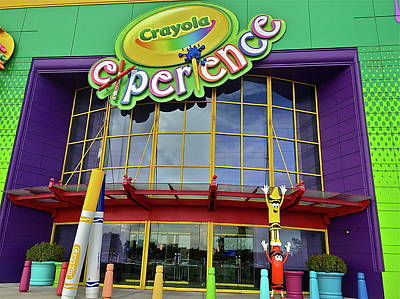 Photograph - Entrance To The Crayola Experience by Denise Mazzocco