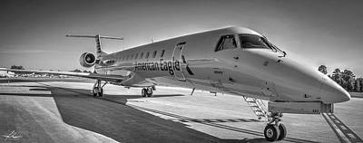 Photograph - Envoy Embraer Regional Jet by Phil Rispin