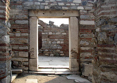 Photograph - Ephesus by Dianne Levy
